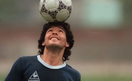Maradona için futbol maçlarında anma törenleri yapılacak