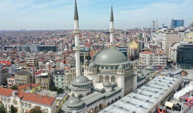 Taksim Camisi açıldı.. Binlerce Kişi Katıldı