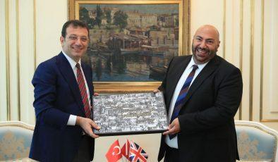 İBB Başkanı KKTC'li olan Birleşik Karalık'ın yeni İstanbul Başkonsolosu Kenan Poleo'yu ağırladı.