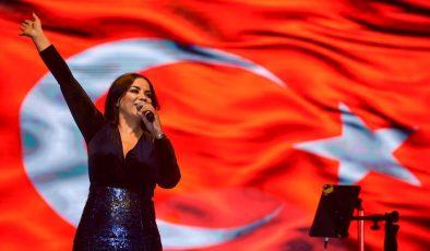 Ankara Büyükşehir Belediyesi Sakarya 100üncü Yılını Zara İle Kutladı