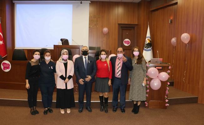 """Kartal Belediyesi kadın personele yönelik """"Meme Kanseri Bilinçlendirme Semineri"""" düzenledi."""